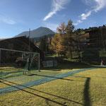 Abbau Netze Fußballplatz