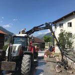 ...mit Traktor 6190 CVT mit Bigab Mulde...