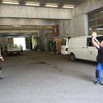 Waldbad Lech - Luftdruck Praxistest für neue Volleybälle am Bauhof