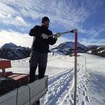 Winterwanderwegstangen stellen Gaisbühel