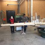 Vorbereitungen für Eisstockkasten Eislaufplatz Zürs
