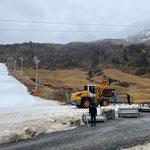 Mithilfe bei Aufbauarbeiten Skiweltcup Zürs, mit Heizwerk Zürs - Lader
