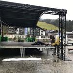 Bühne und Pavillon Rüfiplatz abbauen