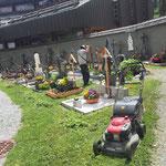 Rasenpflege Friedhof