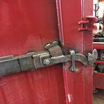 Neue Hydraulik-Verriegelung für Container entwerfen und bauen