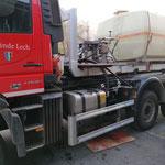 Hydraulikarbeiten für Aufbau Kanal- und Straßenreinigungsgerät am Unimog 530