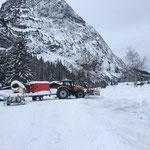 Mobile Schneeanlage verstellen, mit Steyr 6200 CVT