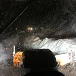 Schneeräumung L198 aufgrund von Straßensperre fürs Straßenbauamt, Lindner Unitrac und Steyr 6175 CVT