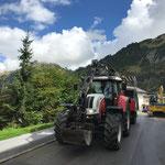 Übriges Zelt - Material zum Bauhof transportieren