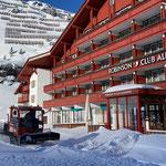 Snow Rabbit 3, Winterwanderwege präparieren in Zürs...