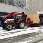 Materialtransport zur ÖBB-Baustelle Spullersee, mit Steyr 6190 CVT und Lader Heizwerk Zürs