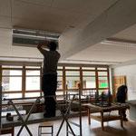 Lampen montieren Neue Mittelschule