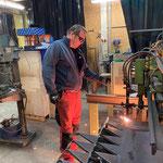 Grüner Ring: Brennarbeiten für Neukonstruktion Steg in der Schlosserei