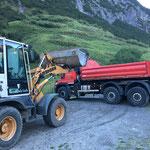 Sand laden für Bauarbeiten GZL am Bauhofdach
