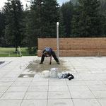Bodenplatten ausfugen Dusche neues Kinderbecken
