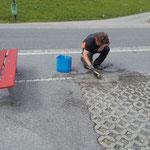 Feuerwehreinfahrt Parkplatzziegel neu setzen