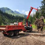 Aufräumen Holzlagerplatz Heizwerk Lech, mit Steyr 6240 CVT und Epsilonkran