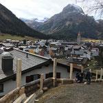 Baufortschritte Verbreiterung Wanderweg Berg