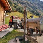 Landwirtschaftshilfe, Güllegrube leeren, U1600 mit Fass