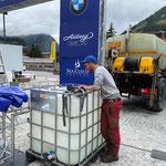 Ballasttanks füllen Zielbogen Arlberg Classic Car Rally am Rüfiplatz, mit U400