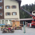 Dachrinnensäuberung Gemeindegebäude