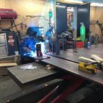 Schweißarbeiten für Geländer Loipe Omesberg