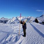 Winterwanderwegstangen gerade richten Kriegeralpe