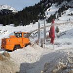 Fräsarbeiten nach Veranstaltung Snow & Safety Conference, Pieps- und Sondierfeld