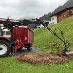 Drittleistung, Grünschnitt VKW holen mit Traktor, Kran und Grünschnittcontainer