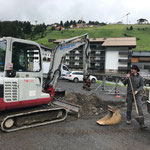 Grabungsarbeiten am Schlosskopfparkplatz für Verlegung Stromkabel Stammgästetreffen