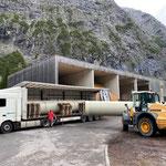 Drittleistung: Rohre abladen für ÖBB Baustelle Spullersee