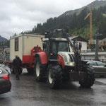 Bauhof-Container vom Schlosskopfparkplatz rückführen