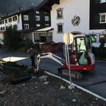 Löcher graben für Hülsen Skizaun Tannberg, mit TB216