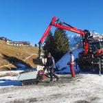 Wegverbindung Goldender Berg - Salome schottern, mit Raupentemper
