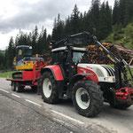 Baggertransport mit Steyr 6190 CVT