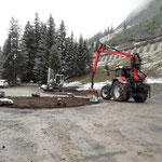Wiesele, BH-Auflage umsetzen, Hochwasserbaustellen-Deponie Lechbach humusieren