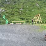 Freiburger Hütte, Spielplatzbau, Zusammenbau und Einrichten der Baustelle