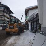 Schneesohle reißen in Zürs