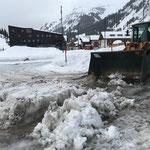 Schneeräumung mit Lader 524