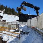 Schneeräumarbeiten Gemeindezentrum Lech