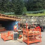 Holz richten für Grillplätze
