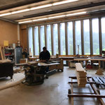 Grillholz vorbereiten und Sitzbänke fasen