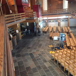 Philosophicum Lech - Neue Kirche Zusatzbestuhlung (390 Sessel) zum Transport vorbereiten