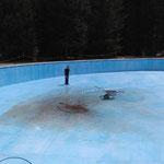 Reinigung großes Becken, Waldschwimmbad