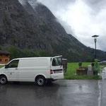 Infrastrukturbeschilderung montieren: Golfplatz Lech