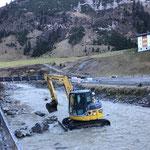 Temporäre Bachumleitung herstellen zwecks Sanierung Ufermauer