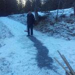 Vereiste Abschnitte auf Winterwanderwegen splitten bzw. begehbar machen