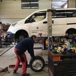 Sommerreifen montieren Bauhof-Personenkraftwagen