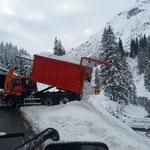 Schnee abkippen mit U530