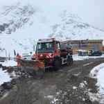 Drittleistung: Schneeräumarbeiten für ÖBB-Baustelle Spullersee...